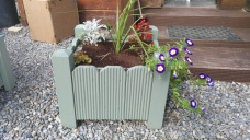 Small planter box