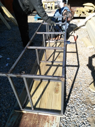 The frame was madein our industrial unit.